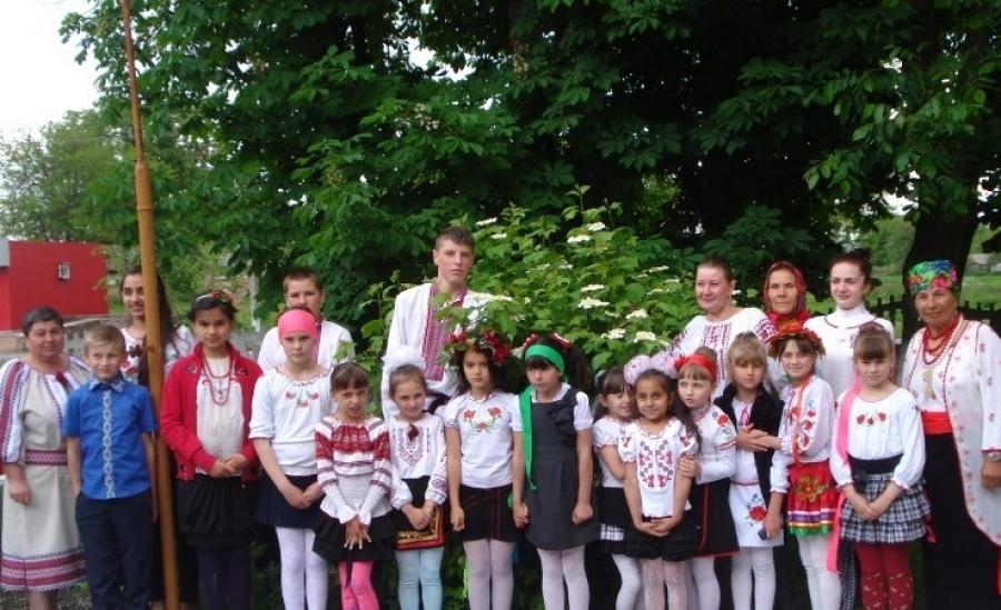 Шкільний фестиваль  quot Вишивана моя Україна quot  bf213d5b538e6